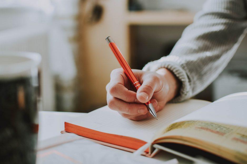 Menentukan Angle Dalam Menulis Artikel